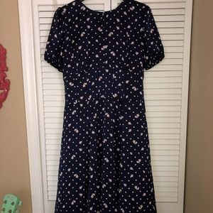 Eva Mendez Navy blue and pink rose dress 40s style